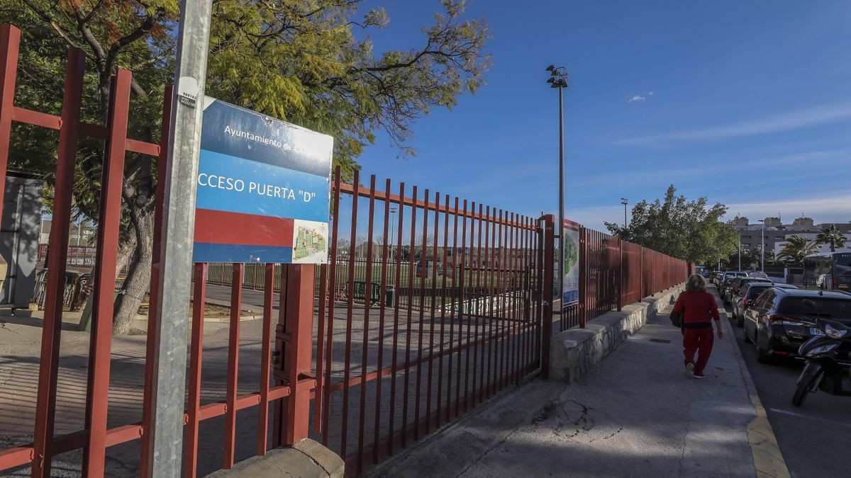 La Ciudad Deportiva de Elche, vacía
