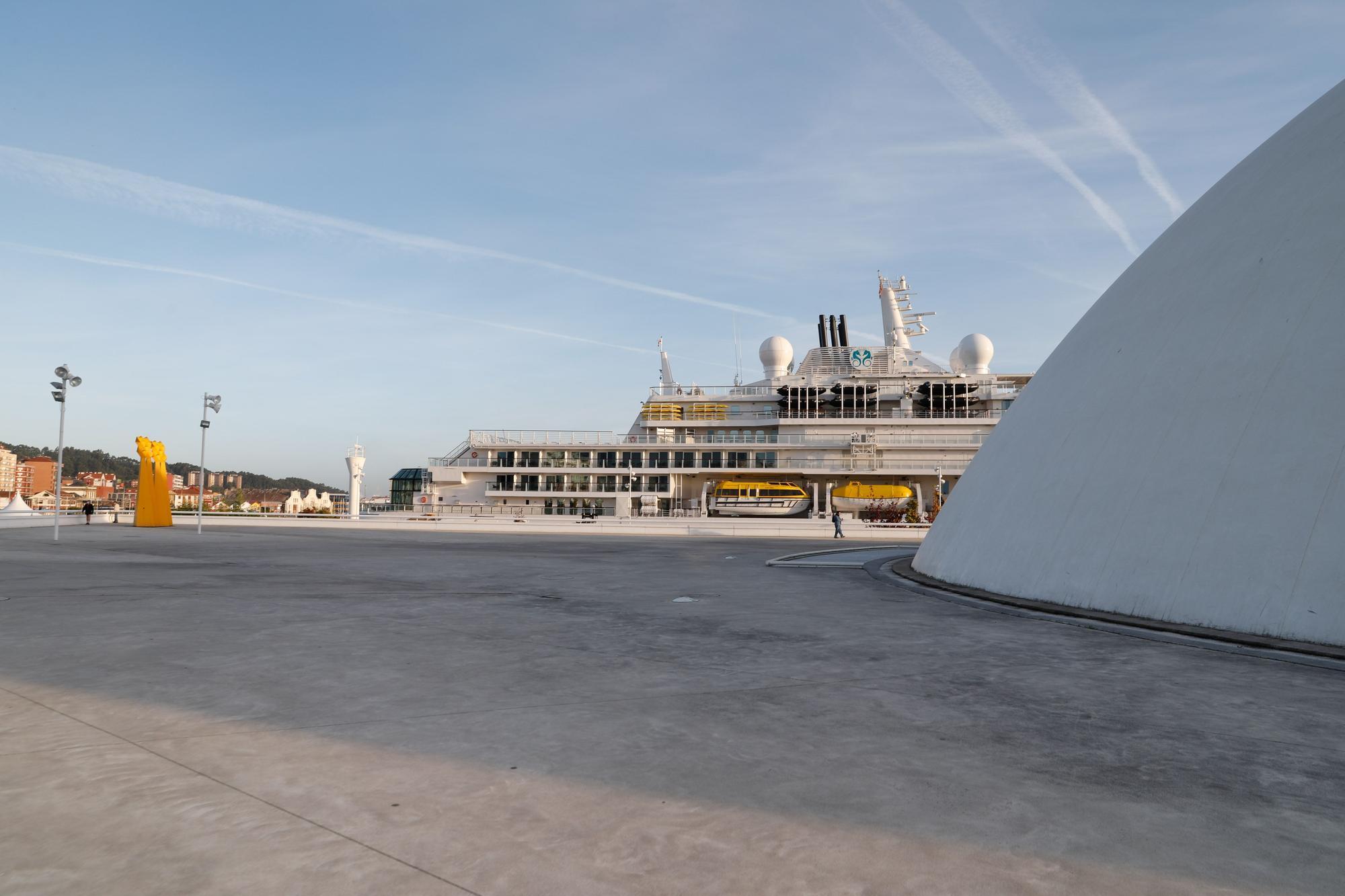 Ferry de lujo en Avilés: el primero pospandemia