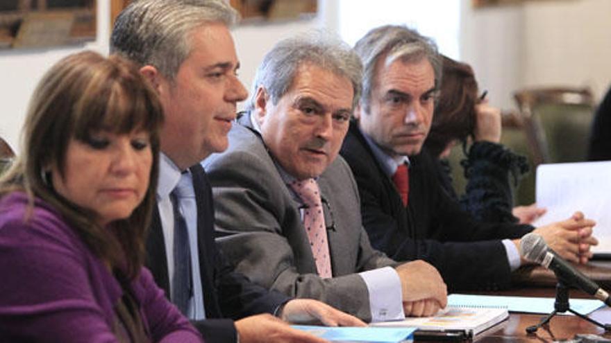 El coordinador de asesores del PP de la diputaciónrevela que no conocía a tres