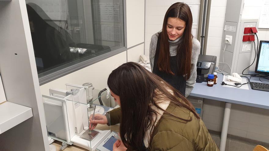 Dos alumnas de Vila-real ganan la medalla de bronce en un concurso científico de Nueva York