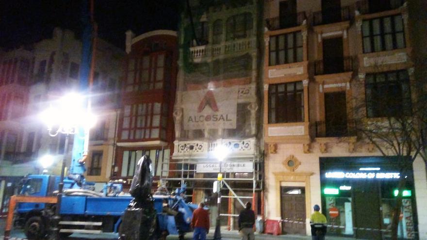La plaza de Sagasta de Zamora cierra al tráfico por la instalación de una hormigonera