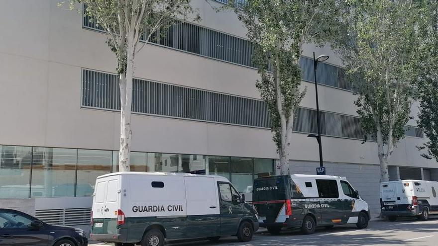 Ingresa en prisión el joven acusado de dispararle seis tiros a otro en una villa de Ibiza