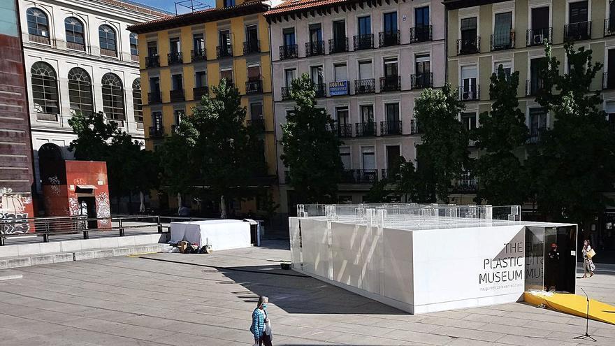 El plástico se hace museo en Gijón