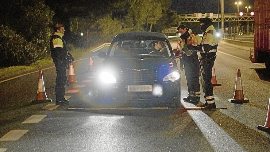 La Policía Local recupera los controles nocturnos de alcoholemia