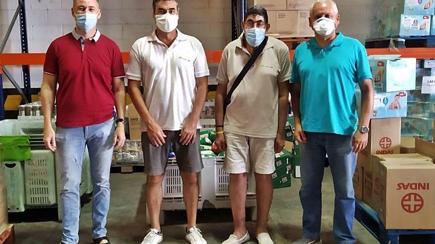 Manos Amigas dona 2.000 euros al Centre d'Aliments de Sagunt