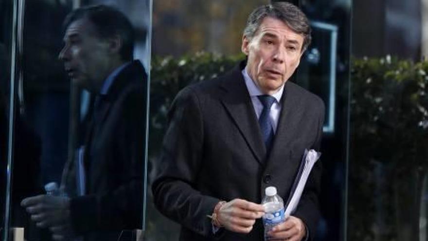 Ignacio González acusa la cúpula del PP d'influir en adjudicacions