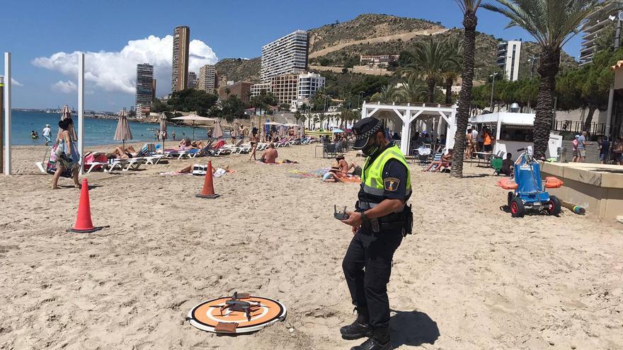 Así vigila la Policía Local las playas de Alicante