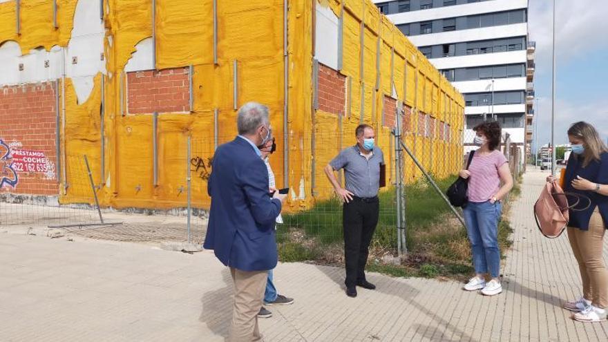 Oliva licita la obra que permitirá abrir el nuevo retén de la Policía Local