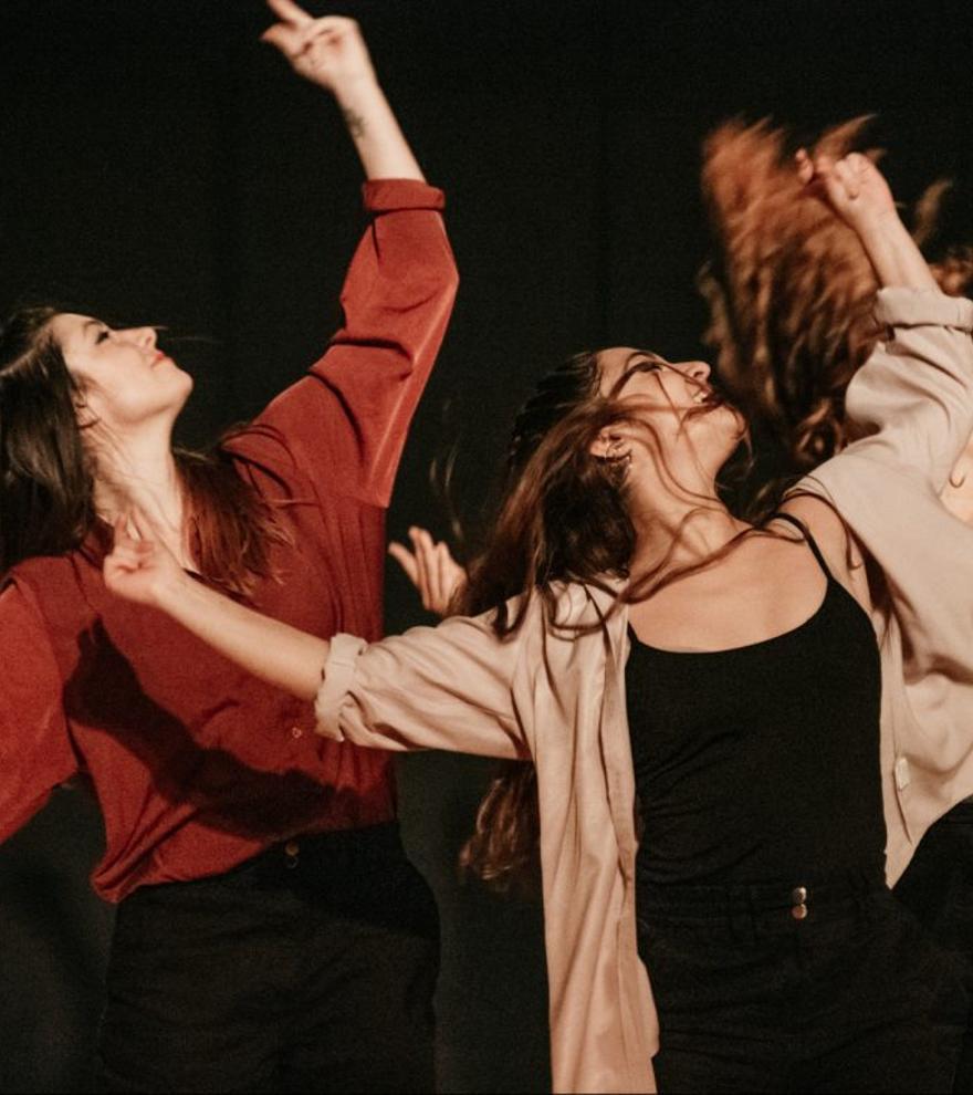 35 Feria de Teatro y Danza - Alineados