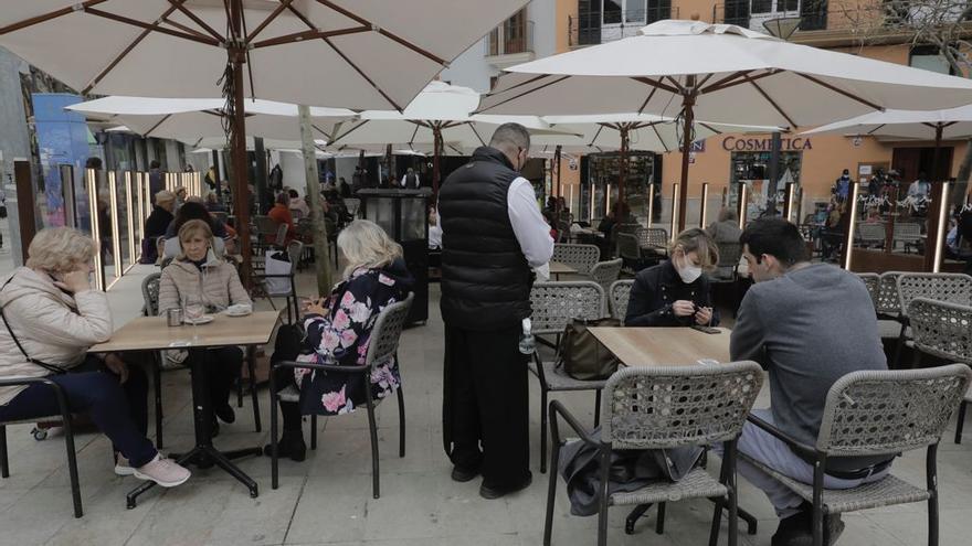 Los restauradores de Baleares piden abrir el interior de sus locales el próximo 15 de marzo