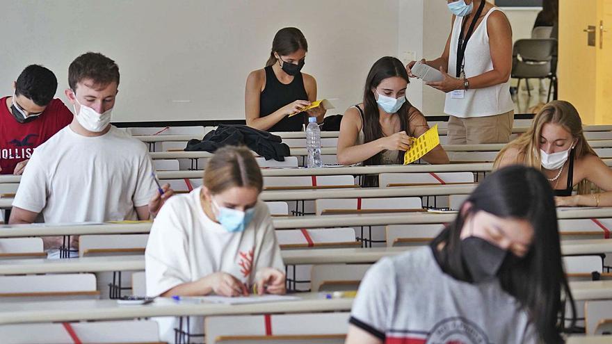 Els estudiants catalans ja poden conèixer la seva nota de selectivitat