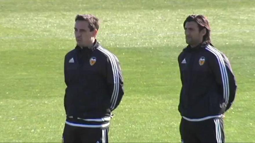 El Valencia cesa a Gary Neville