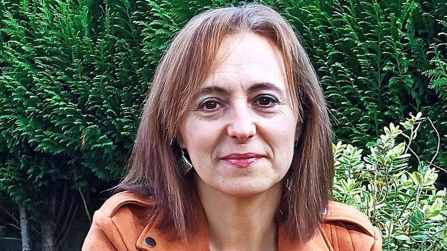 """Carmen Caramés, Premio Risco de novela: """"O maior sometemento da muller sempre foi a través da relixión"""""""