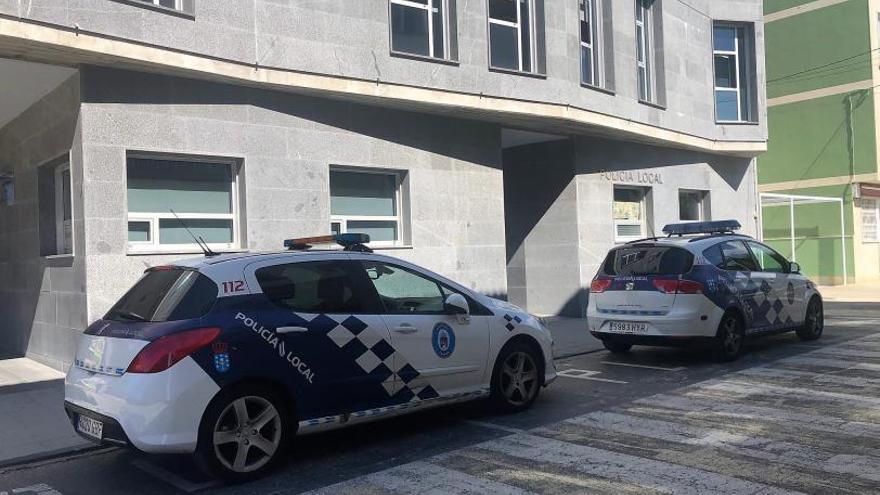 """Cangas destina 70.000 euros en cuatro años para adquirir un coche eléctrico para la Policía, por """"renting"""""""