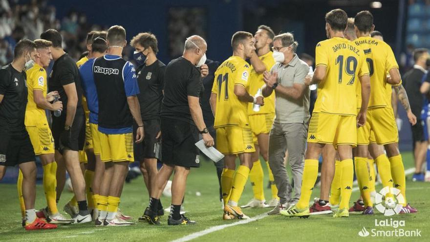 Málaga-Alcorcón: Fútbol para olvidar un rato el mercado
