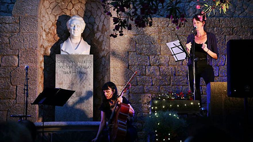 El Jardí Clos del Pastor de l'Escala s'embolcalla de poesia i música