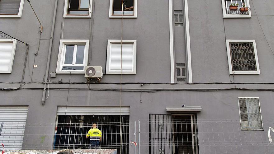 El Ayuntamiento tiene más de 100 viviendas inutilizadas en el Cabanyal