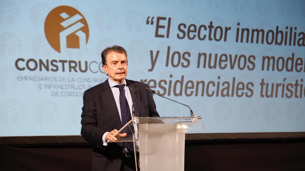 """El presidente de AC considera que viviendas y apartamentos turísticos son un """"complemento"""" a los hoteles"""