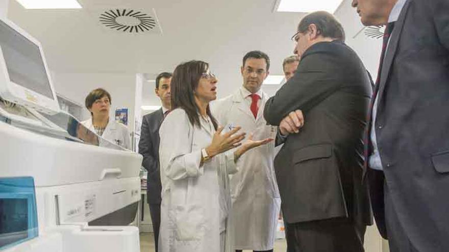 La cirugía sin ingreso se va al Clínico por la clausura de quirófanos del Provincial
