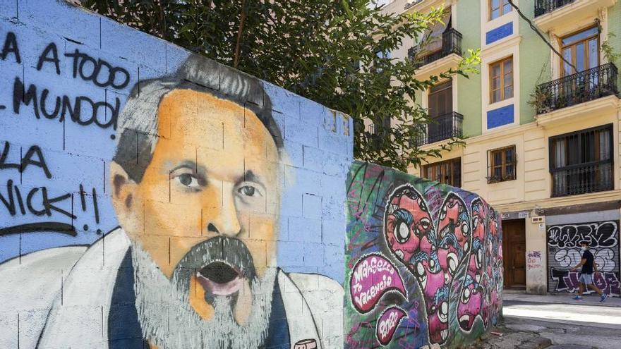 Miguel Bosé, el nuevo protagonista de un grafiti de Warx en València