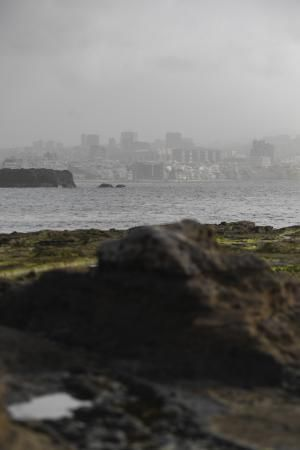 05-02-19 LAS PALMAS DE GRAN CANARIA. CIUDAD. LAS PALMAS DE GRAN CANARIA. METEOROLOGIA. Calima.    Fotos: Juan Castro.  | 06/02/2020 | Fotógrafo: Juan Carlos Castro