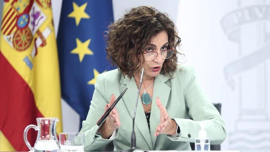 """La ministra d'Hisenda afirma que apujar impostos ara """"no és prioritari"""""""