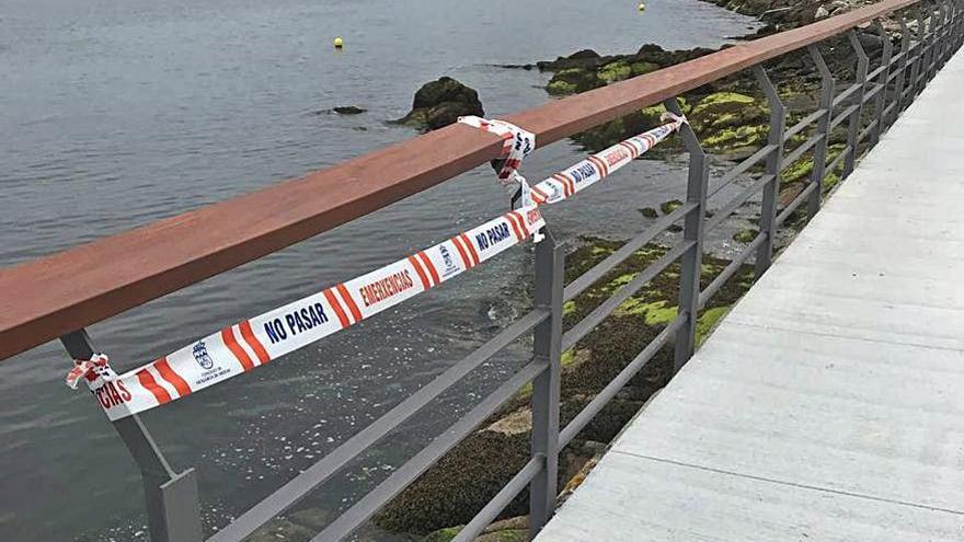 Detectan desperfectos en el paseo marítimo de Vilaxoán
