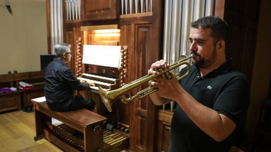 Citas musicales y festivas en Santa Olaya, el Grupo y la iglesia de San Pedro