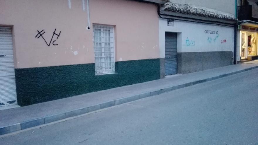 La Policía Local de Cehegín investiga la autoría de varios actos vandálicos en el municipio