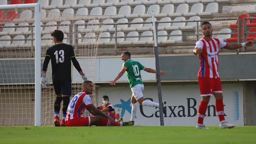 El Córdoba CF se pone el mono de trabajo en Algeciras (0-1)