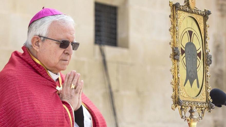 El obispo de Alicante admite que se vacunó contra la Covid