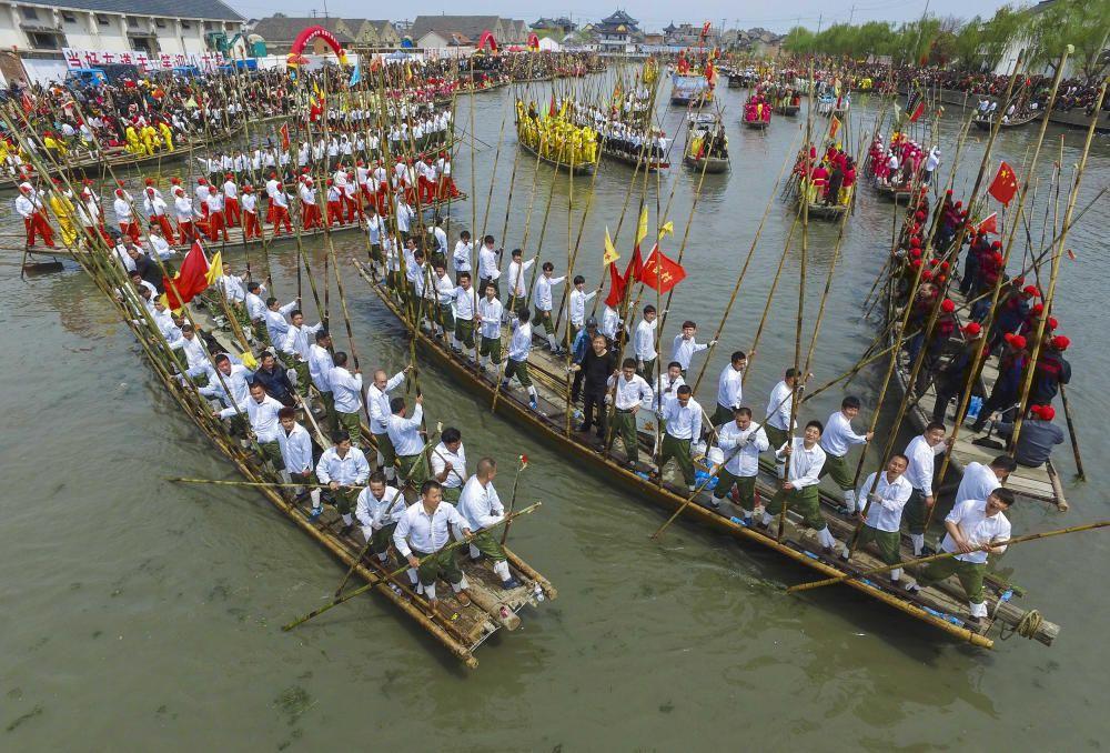 Festival Qingming, también conocido como el día de los difuntos, en Taizhou, China.