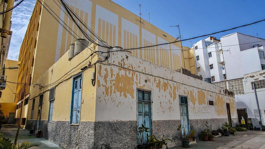 Urbanismo renuncia a los edificios del callejón de Perojo por el rechazo vecinal