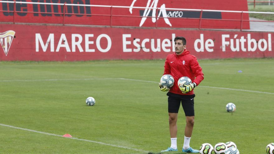 """Mariño: """"Tenemos que seguir, pensar en el Tenerife y no darle más vueltas a la derrota frente al Mirandés"""""""