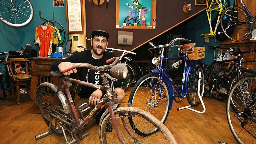 Un doctor para las bicis del pasado