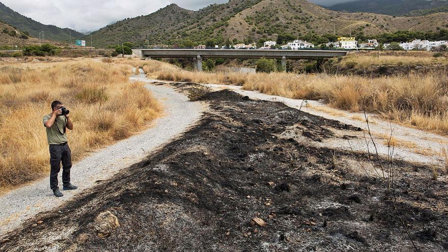 Un hombre asesina a su pareja en Rincón de la Victoria e intenta quemar el cadáver
