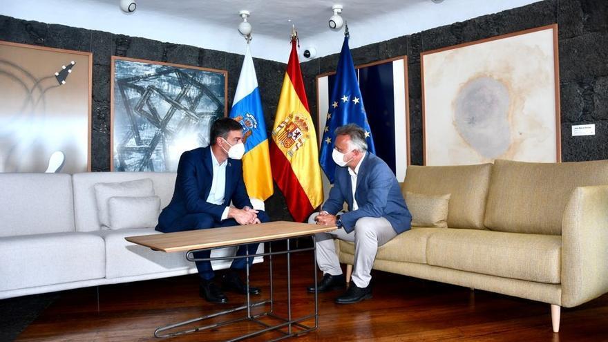 """CC y PP tachan de """"fiasco"""" y """"venta de humo"""" la reunión de Sánchez con Torres en Lanzarote"""