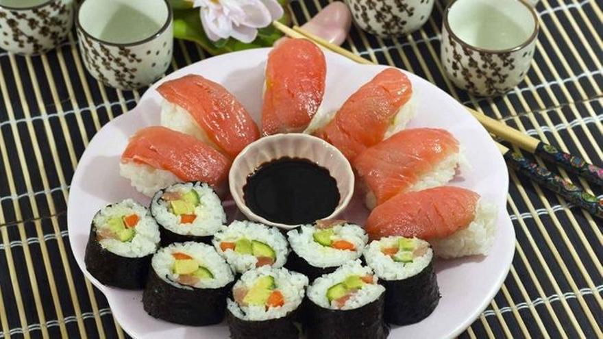 Pregunta por un restaurante de sushi y esta es la respuesta del dueño
