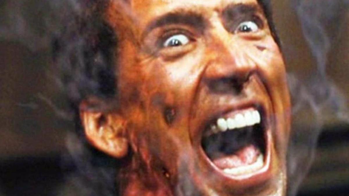 Nicolas Cage como Ghost Rider de Marvel.