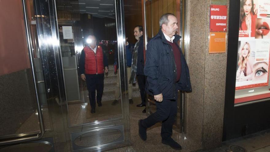 Fernando Vidal asume el mando