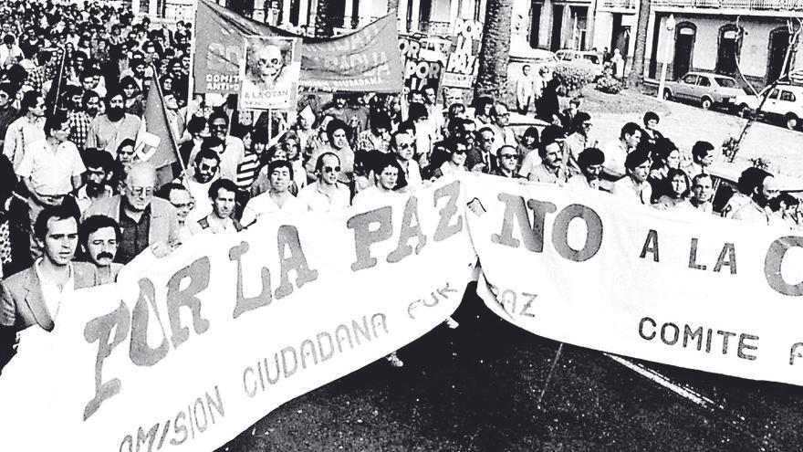 35 años desde que Canarias dijo 'no' a la OTAN