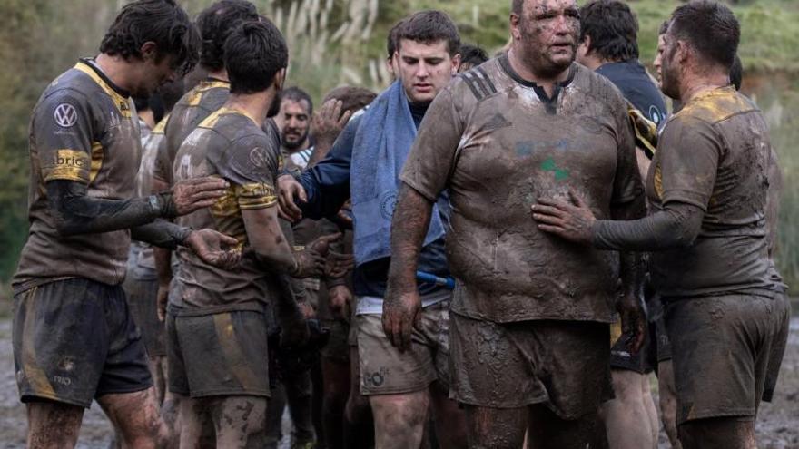 El campo del Oviedo Rugby, un lodazal