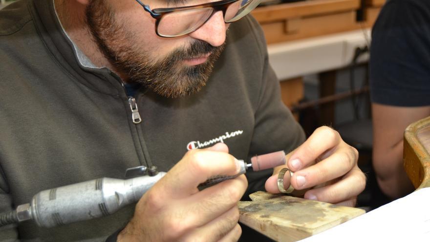 La Escuela de Joyería del SAE inicia en noviembre las especialidades de Diseño y Modelado 3D