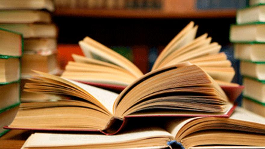 Club de lectura 'Concha Méndez' coordinado por Engracia Gallego Cemillán