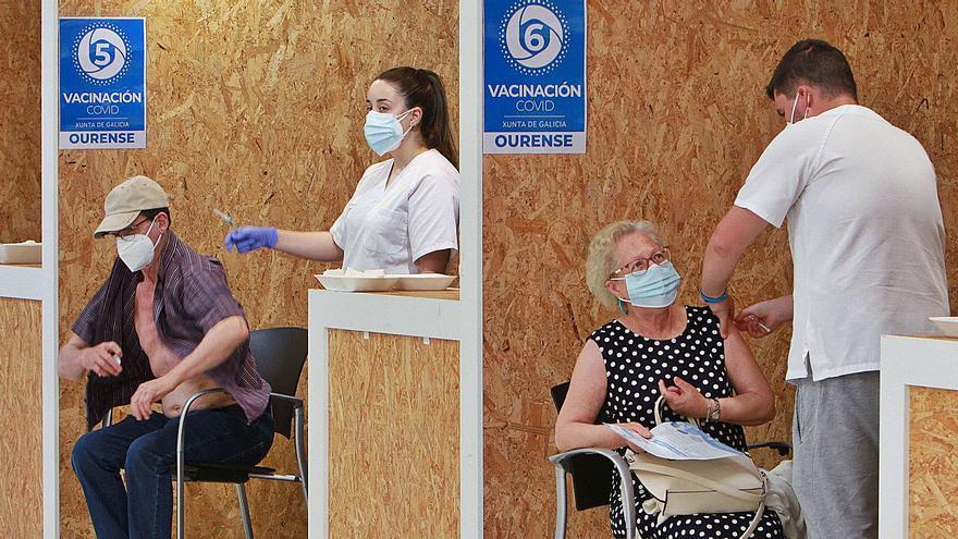 Impulso a la vacunación de miles de sexagenarios que completan la pauta