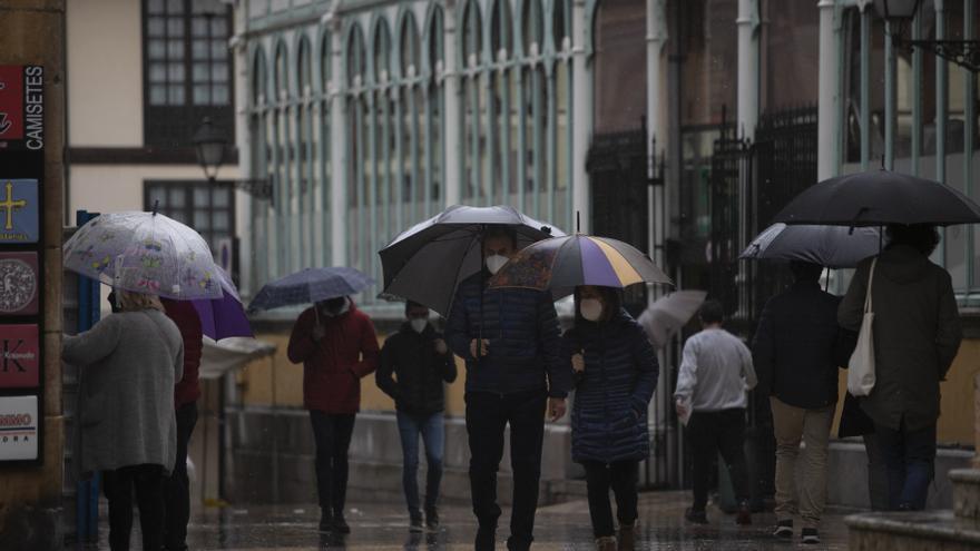 Una ciclogénesis explosiva traerá lluvia y bajada de las temperaturas en Asturias a partir del domingo