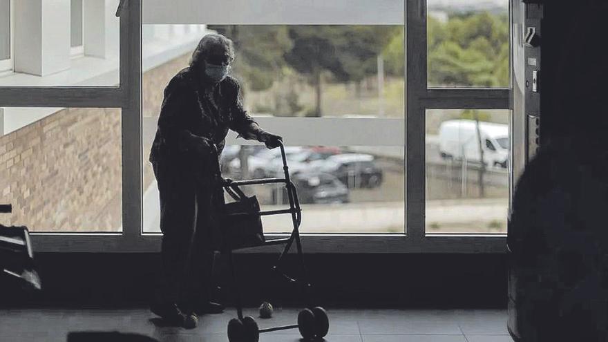 Advierten de un aumento de suicidios de personas mayores por la pandemia