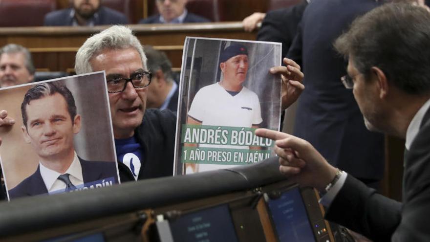 """La Mesa del Congreso estudia si apercibirá a Cañamero por """"intimidar"""" a Catalá"""