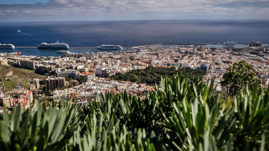 Santa Cruz de Tenerife, más de un siglo como capital de Canarias
