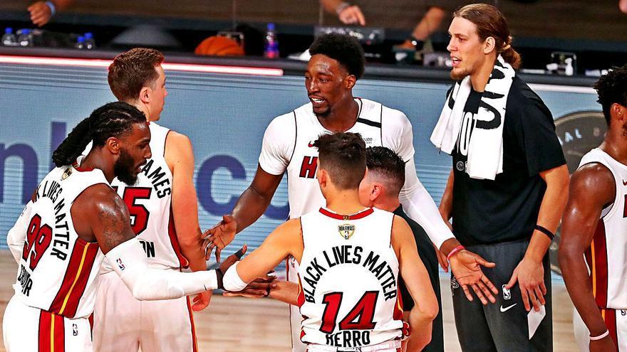 Butler da nuevos bríos a los Miami Heat (111-108)